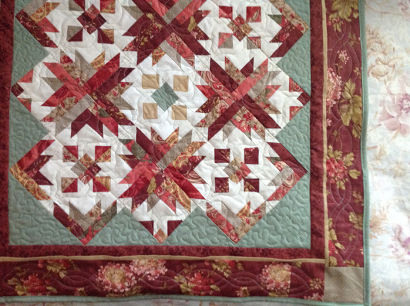 red quilt-finished-sm