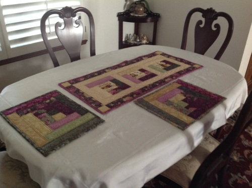 log cabin runner and placemats